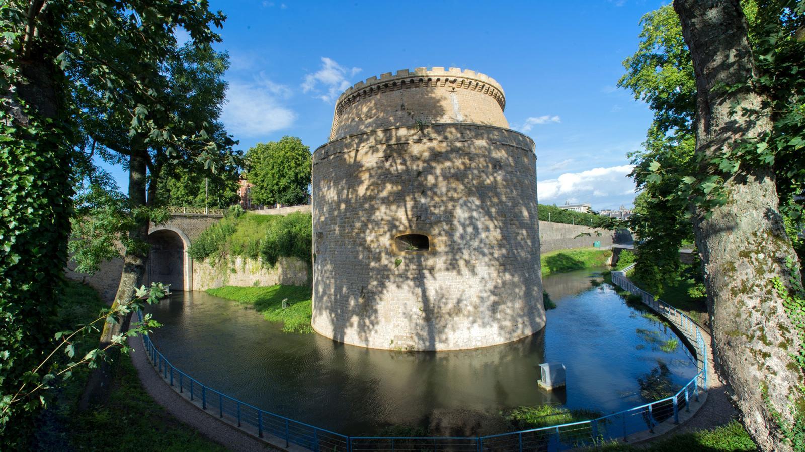 mézières_incontournable_médiévale_remparts_©_David-Truillard-(94)