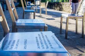 Chaises-poème - photo de Johan Barrot (Laetis)