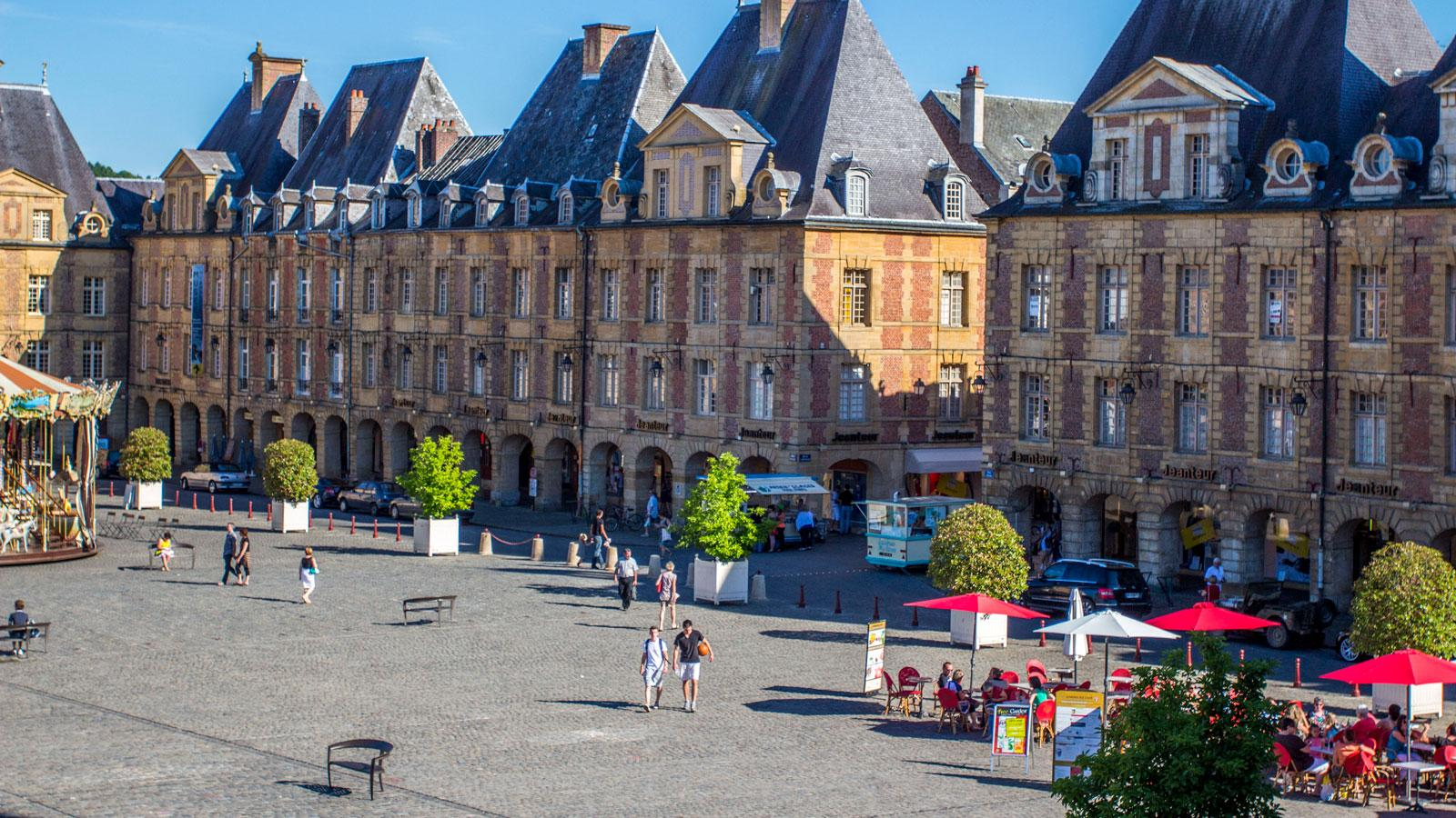 Place Ducale Charleville
