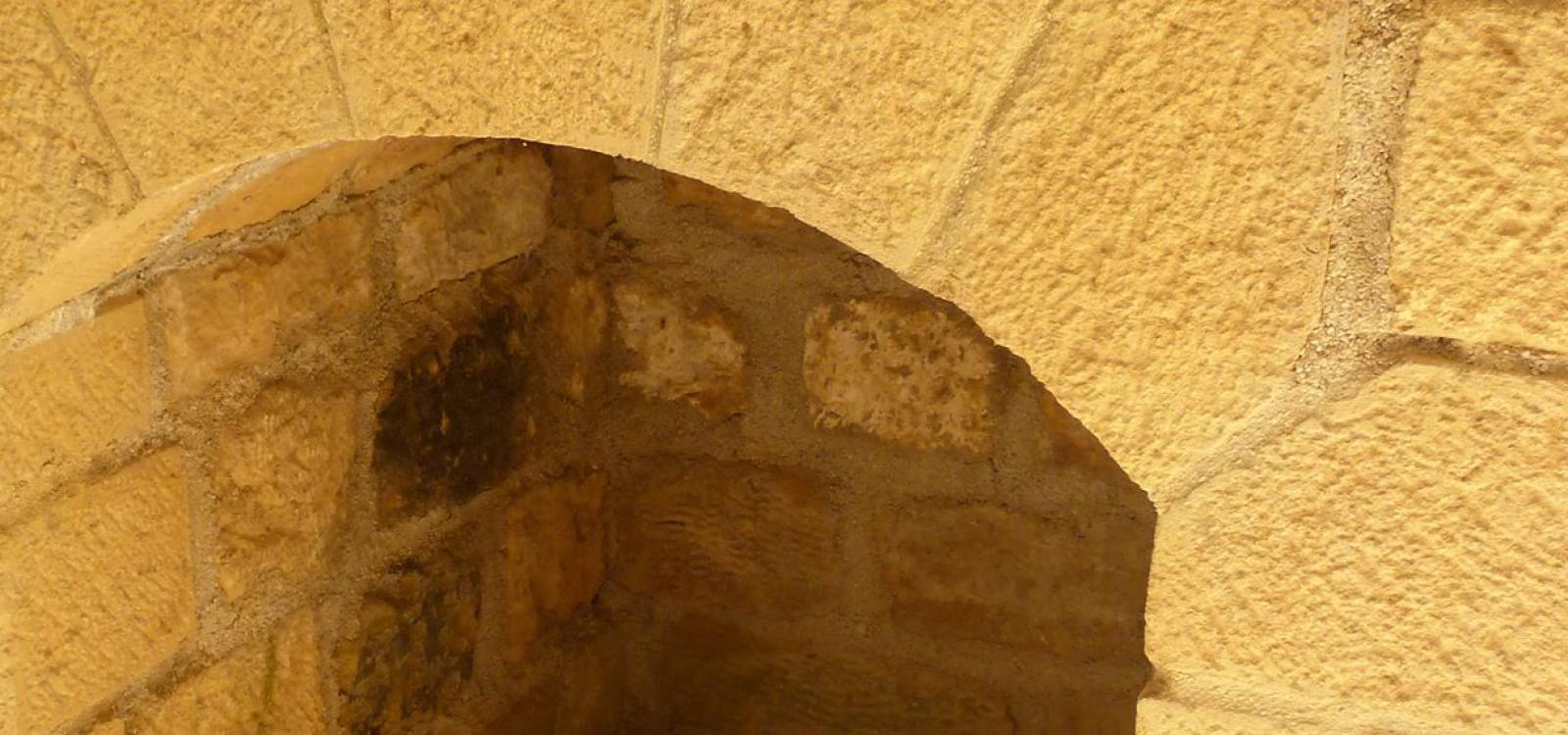 Restauration du Fort des Ayvelles avec la pierre d'Hanogne Saint-Martin