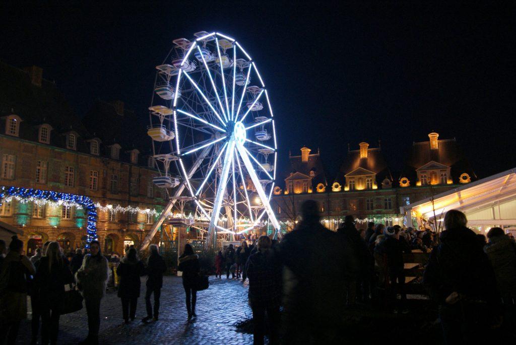 La grand roue du marché de noël de Charleville