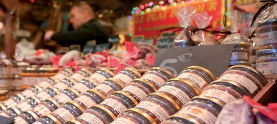 Le village artisanal du marché de Noël de Charleville ©Ville de Charleville