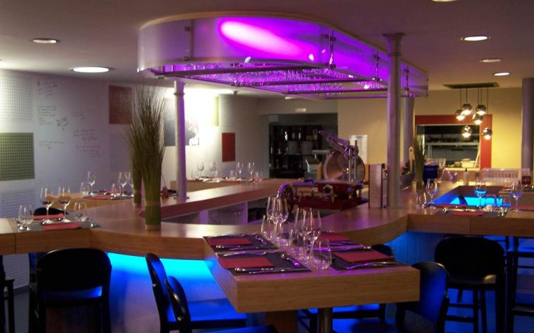 Restaurant La Table D Arthur R Charleville Mezieres Sedan