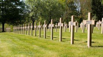 Necropole Nationale 1939-1945 de Floing