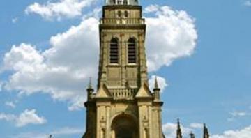Visite guidée de la Basilique, ses vitraux et le trésor d'art sacré