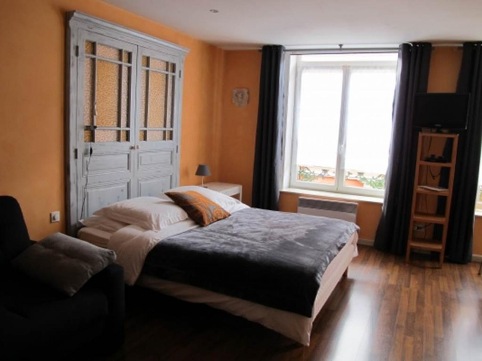 Chambre d\'hôtes Orange dans le centre historique de Charleville ...