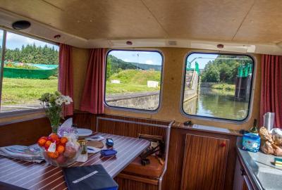 En tribu : Croisière sur la Meuse vers les légendes Ardennaises