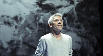 Théâtre : Je parle à un homme qui ne tient pas en place